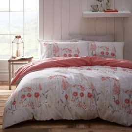 Pasture Coral Quilt Cover